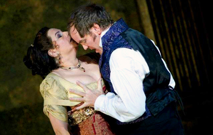 Anthony Michaels-Moore and Claire Rutter in Catherine Malfitano's production of Puccini's <em>Tosca</em> at The English National Opera, 2011. Photo by Mike Hoban.