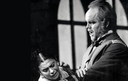 Anthony Michaels-Moore and Catherine Malfitano in Verdi's <em>Stiffelio</em> at the Royal Opera House, Covent Garden, 1997